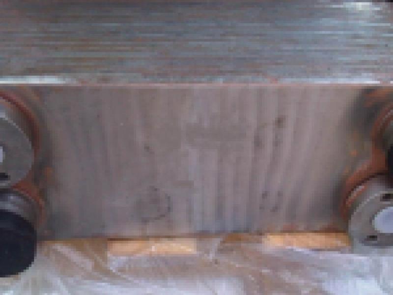 Wymiennik ciepla oleju skrzyni w L220