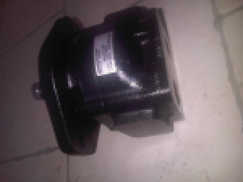 pompa sterowania koparki kołowej
